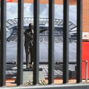 Les stades de Premier League vides pendant un an ?