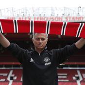 A peine arrivé, Mourinho fait déjà son show à Manchester