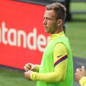 Arthur ne veut plus jouer pour le Barça, qui veut le sanctionner
