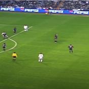 Le fabuleux coup-franc de Roberto Carlos face au Barça en 2000