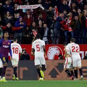 Sans Messi, le Barça s'incline à Séville et devra cravacher au retour