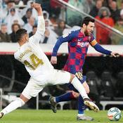 Casemiro face à Lionel Messi