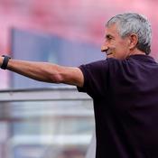 Le FC Barcelone limoge son entraîneur Quique Setien
