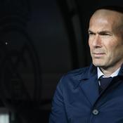 Zidane balaie les rumeurs sur son avenir : «Personne ne m'a appelé»