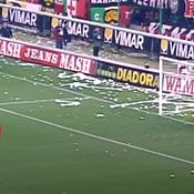 Zinédine Zidane tire un penalty