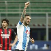 Naples assomme le Milan AC qui voit le titre s'envoler