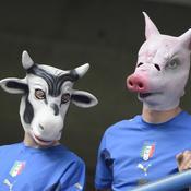 Supporters italiens masqués