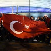 France-Turquie : ambiance électrique, bronca et fête en tribunes