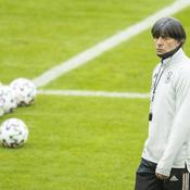 Joachim Low prépare une succession incertaine
