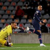 Avec un doublé de Mbappé, le Paris SG punit les Crocos