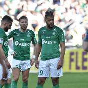 Ryad Boudebouz avec Yohan Cabaye et Lois Diony pendant le match nul contre Reims (1-1).