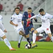 Kylian Mbappé face à Valentin Rongier, Boubacar Kamara et Alvaro Gonzalez