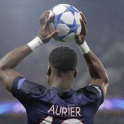 Débat: le PSG doit-il licencier Serge Aurier ?