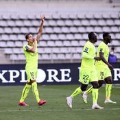 Le Paris FC se détache, Troyes impressionne