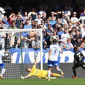 Ligue 2 : Lens arrache la victoire à Auxerre et prend les commandes