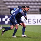 Ligue 2: Grenoble nouveau leader, Paris FC se fait peur