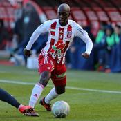 Nîmes cale, l'AC Ajaccio et le Paris FC restent au contact