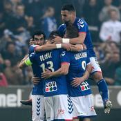 Au terme d'une soirée de folie, Strasbourg et Amiens montent en Ligue 1, Troyes barragiste