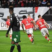 Lens perd la tête, Lorient s'en empare