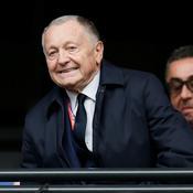 Aulas fustige «une invraisemblable décision» sur le penalty du Barça