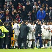 Des incidents entre joueurs et supporters lyonnais gâchent la fête