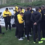 Les joueurs du Borussia avant de quitter leur hôtel