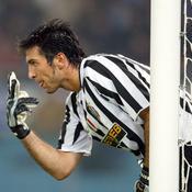Gianluigi Buffon (605m, Juventus, 2001- )