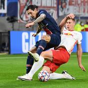 Angel Di Maria à la lutte avec le défenseur central de Leipzig, Willi Orban - Crédit : ANNEGRET HILSE/REUTERS