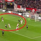 Ajax-Lyon : heureusement, Valbuena a sauvé l'honneur en beauté (vidéo)