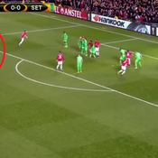 Avec beaucoup de réussite, Ibrahimovic ouvre le score contre Saint-Etienne