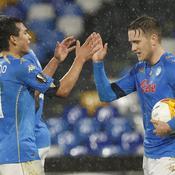 Qualifié pour les 16es de finale, Naples a bien baptisé son stade Diego Armando Maradona
