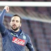 Wolfsburg et Naples en ballotage favorable