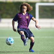 Xavi Simons, qui est le «crack» de 16 ans que le PSG a chipé au Barça ?