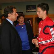 Nicolas Sarkozy dans les vestaires