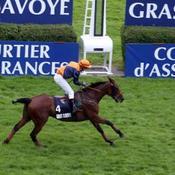 Victoire du gros outsider Polar Rochelais dans le Grand Steeple-Chase de Paris
