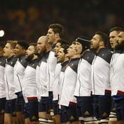 Le XV de France pendant les hymnes