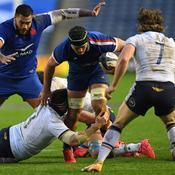 Le XV de France enchaîne avec une victoire en Ecosse