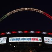 Coronavirus : le stade de Wembley s'illumine en soutien à l'Italie