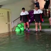 Coupe du monde: L'entraînement du Japon ... dans un stade inondé