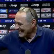 Juventus Turin : Devant les caméras, Szczesny tend une cigarette «bien méritée» à Sarri