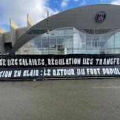 Les supporters du PSG réclament un retour au «foot populaire»