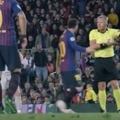 «Montrez-moi un peu de respect ! Allez, filez !» : Messi enguirlandé par un arbitre en plein match
