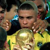 Ronaldo dévoile le secret caché derrière son «horrible» coupe de cheveux et s'excuse auprès des mamans