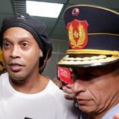 Toujours incarcéré, Ronaldinho suspecté d'être mêlé à une affaire de blanchiment d'argent