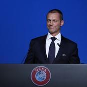 UEFA : Des lignes de hors-jeu plus épaisses pour le VAR la saison prochaine