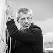 Vendée Globe : Sébastien Destremau, le choix osé du carton pour une partie de son bateau