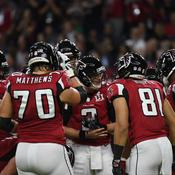 Les Falcons d'Atlanta en pleine discussion