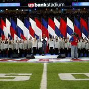 Leslie Odom Jr. chante «America the Beautiful»