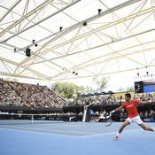 Djokovic, sorti de quarantaine, n'a pas pris de risque à Adélaïde devant 4.000 spectateurs