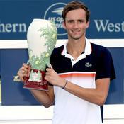 Cincinnati : Daniil Medvedev remporte son premier Masters 1000